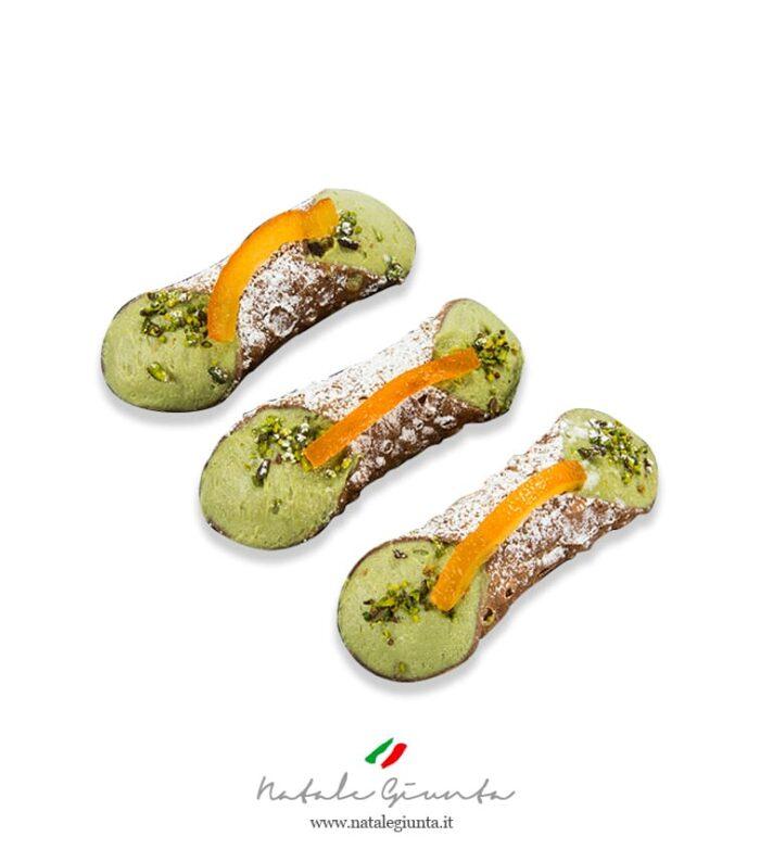 Cannoli al pistacchio