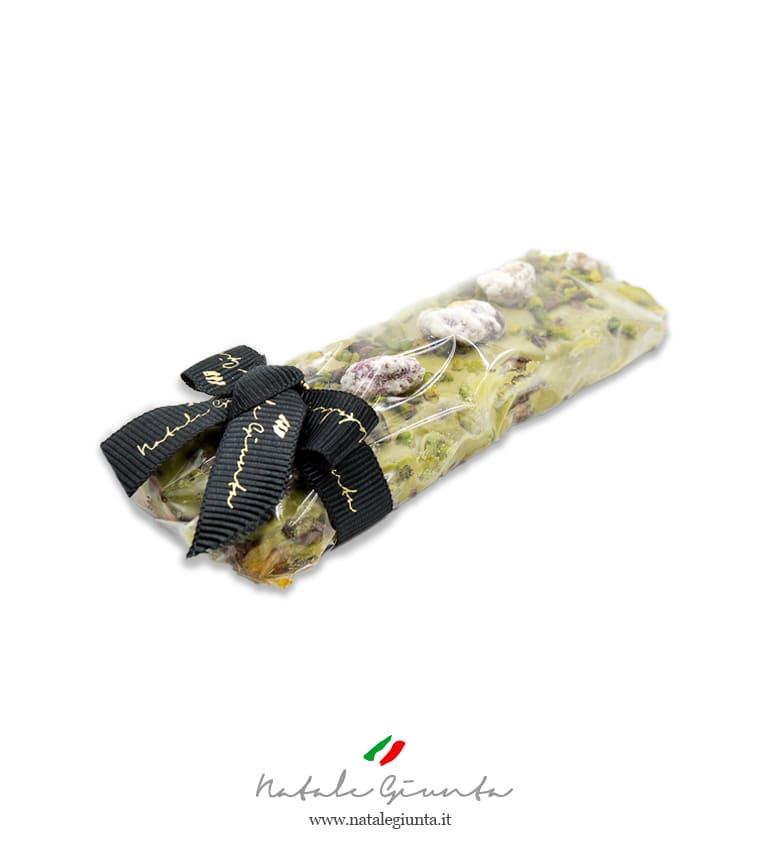 Torrone siciliano con crema pistacchio